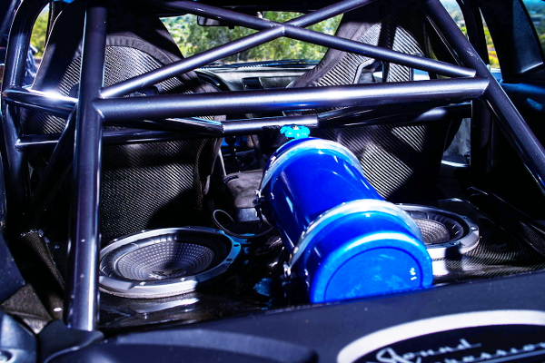 NOS TANK AND ROLL CAGE