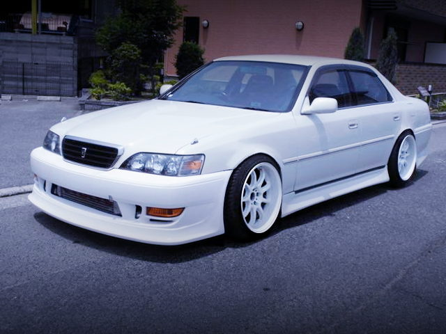 FRONT EXTERIOR JZX100 CRESTA ROULANT S