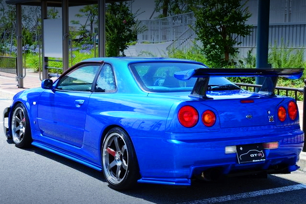 REAR EXTERIOR R34 SKYLINE GT-R V-SPEC