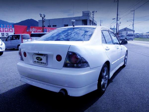 REAR EXTERIOR TOYOTA ALTEZZA RS200 WHITE