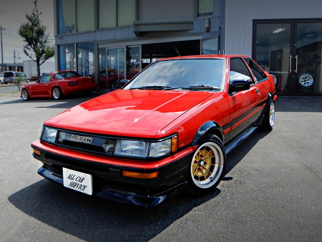 FRONT EXTERIOR AE86 LEVIN RED-BLACK TWO-TONE