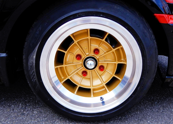 GOLD AND SILVER TWO TONE WHEEL
