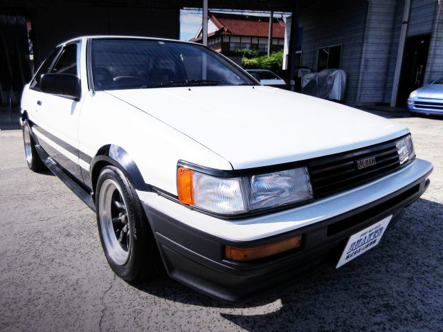 FRONT EXTERIOR AE86 COROLLA LEVIN GT-APEX