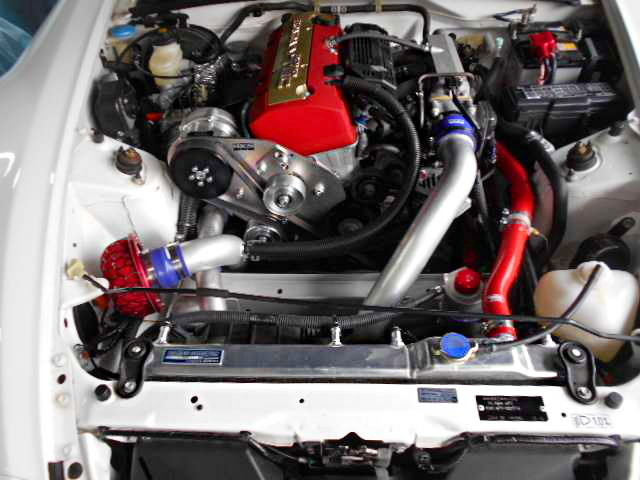 HKS SUPERCHARGED F22C VTEC ENGINE