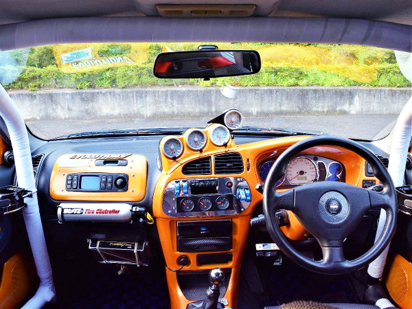 CUSTOM DASHBOARD OF EVO5 GSR