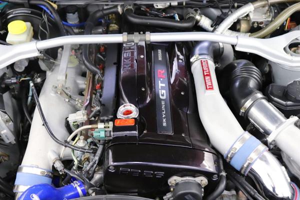 V-CAM INSTALLED RB26 TWINTURBO ENGINE