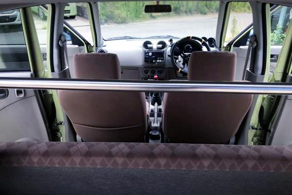 INTERIOR SEATS OF HA24S ALTO