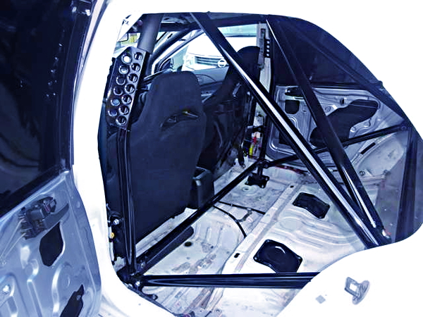 ROLL CAGE AND TWO SEATER