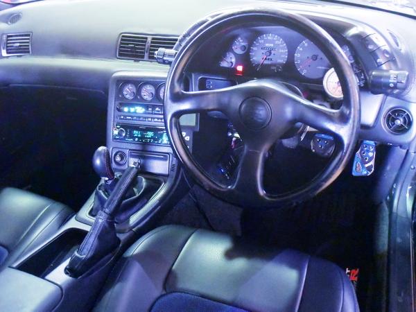 R32GT-R DASHBOARD