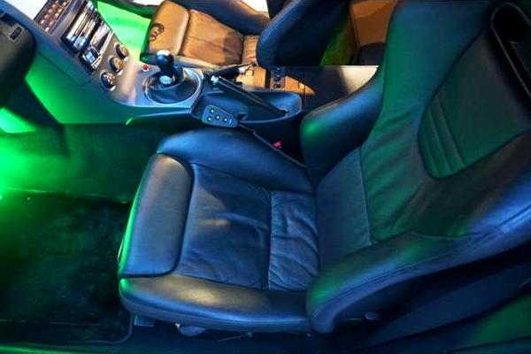Z33 SEATS
