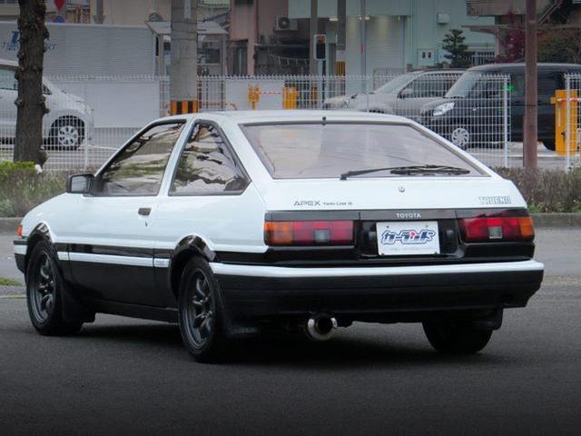 REAR EXTERIOR AE86 TRUENO