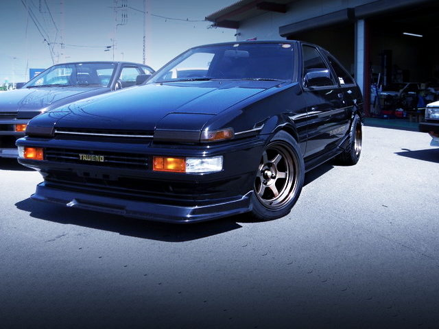FRONT EXTERIOR OF AE86 TRUENO BLACK LIMITED