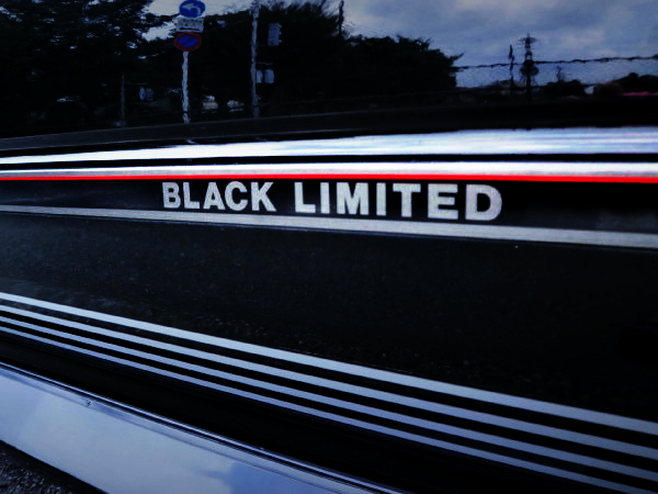 BLACK LIMITED LOGO OF MR2