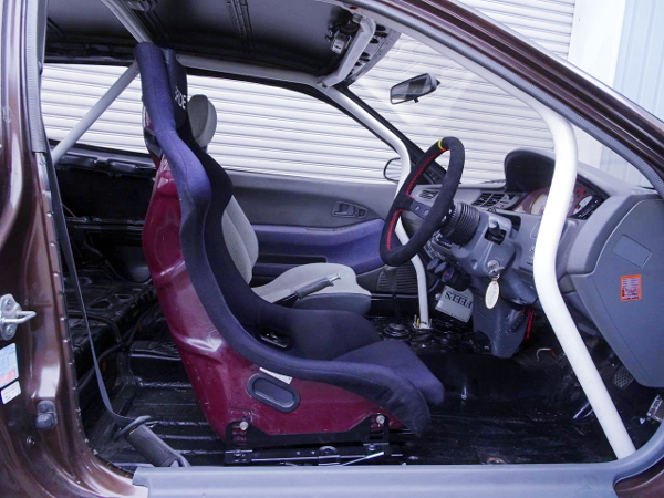 INTERIOR OF EG2 CIVIC