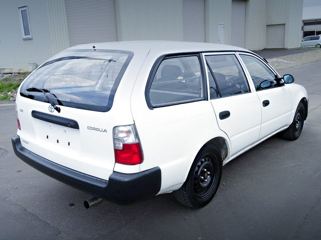 REAR EXTERIOR OF EE103V COROLLA VAN DX OF WHITE