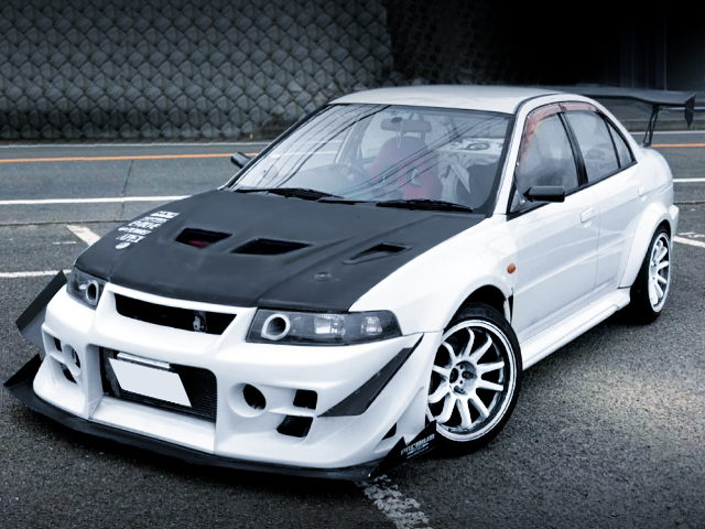 FRONT EXTERIOR OF LANCER EVOLUTION 6 GSR