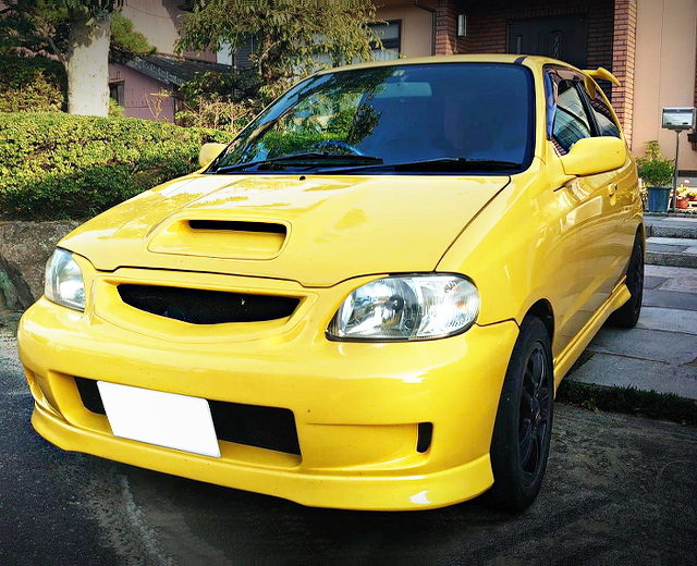 FRONT EXTERIOR OF HA22S ALTO WORKS RSZ