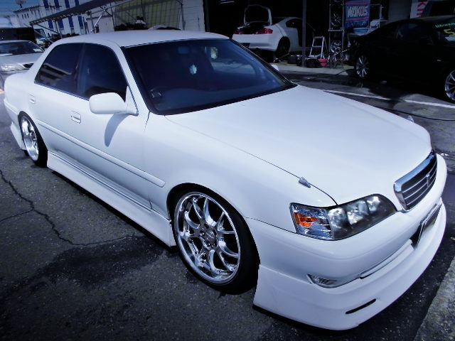 FRONT EXTERIOR JZX100 CRESTA ROULANT G