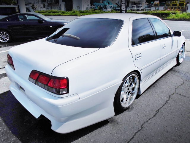 REAR EXTERIOR OF JZX100 CRESTA ROULANT G