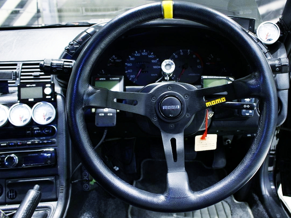MOMO STEERING AND SPEED CLUSTER