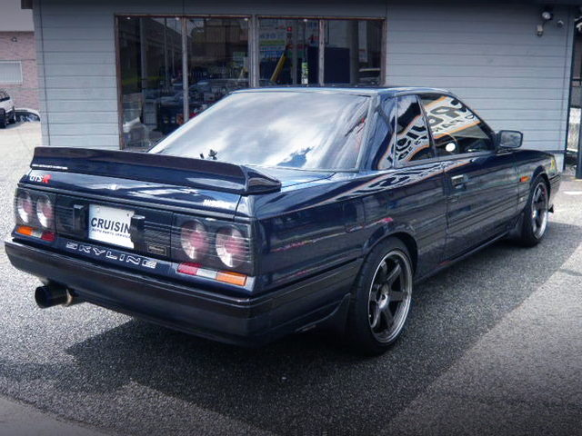 REAR EXTERIOR OF R31 SKYLINE GTS-R WITH BLUE BLACK COLOR
