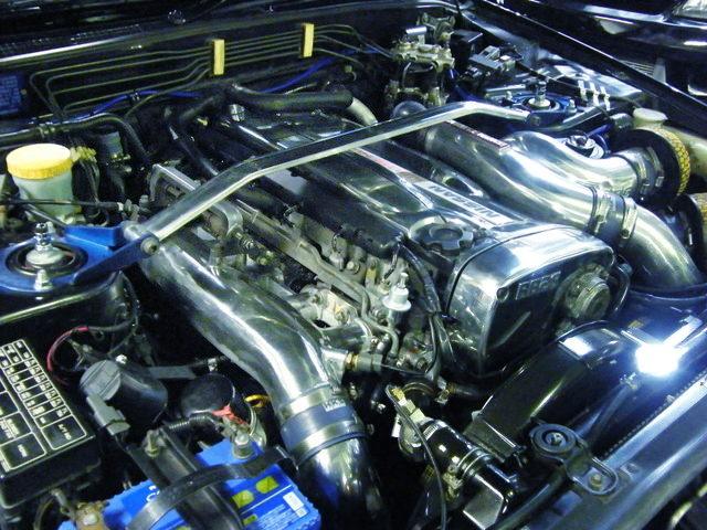 CHROME OF RB26 TWINTURBO ENGINE