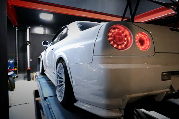R34 GT-R V-SPEC REAR LEFT FENDER