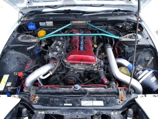 SR20DET TURBO ENGINE OF RED TOP