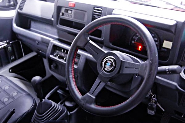 NARDI STEERING AND DASHBOARD