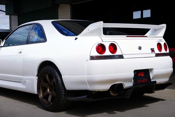 REAR TAIL LIGHT OF R33 GT-R
