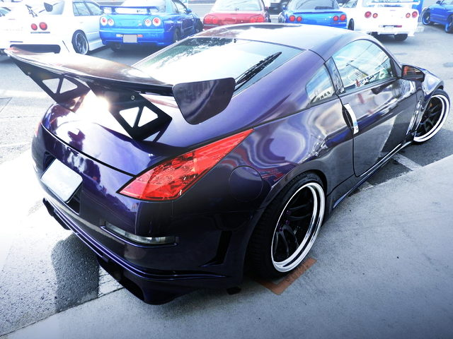 REAR EXTERIOR OF Z33 FAIRLADY Z VERSION S WITH MIDNIGHT PURPLE