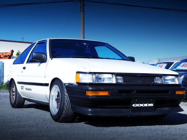 FRONT EXTERIOR OF AE86 COROLLA LEVIN GTV HATCH