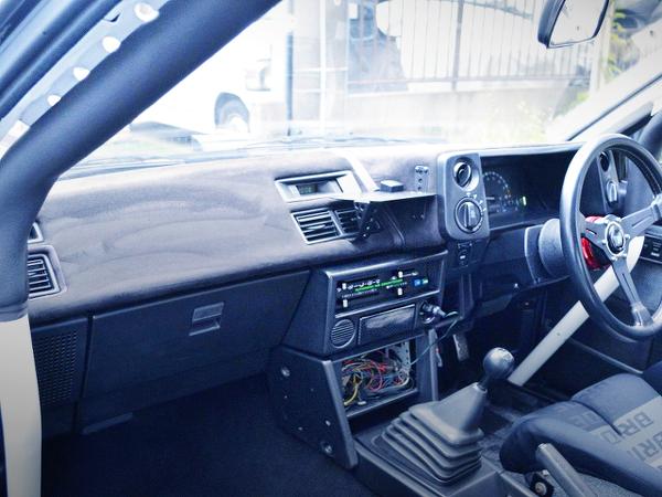 INTERIOR AE86 TRUENO