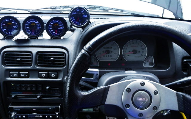 INTERIOR DASHBOARD AND GAUGES