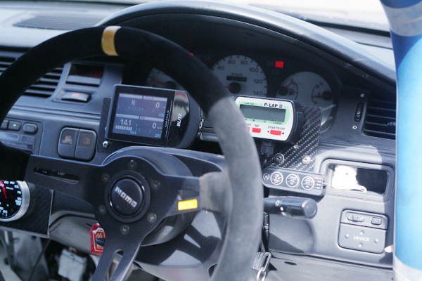 MOMO STEERING AND SPEED CLUSTER OF EG6 CIVIC