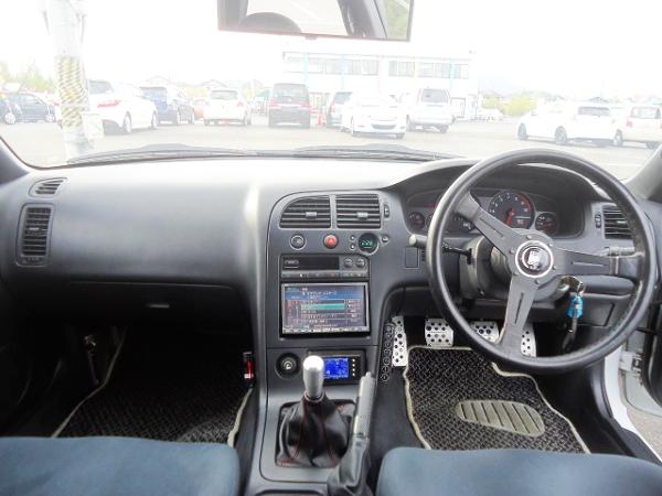 ENR33 SKYLINE GTS4 DASHBOARD