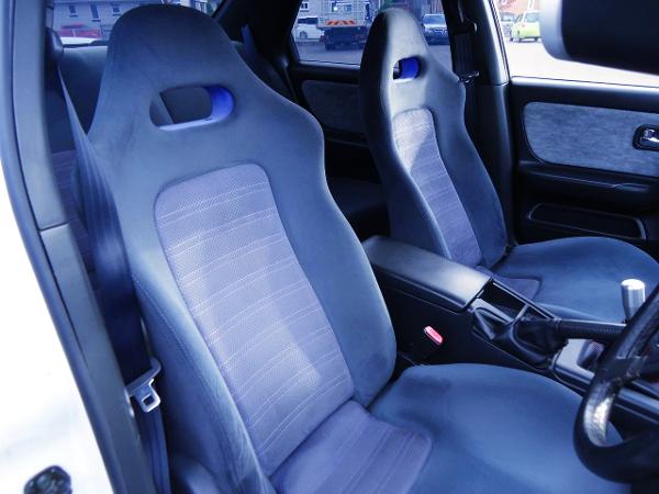 GT-R SEAT INSTALLED ENR33 SKYLINE 4-DOOR