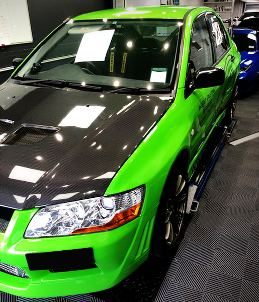 LEFT SIDE EXTERIOR OF EVO7 RS