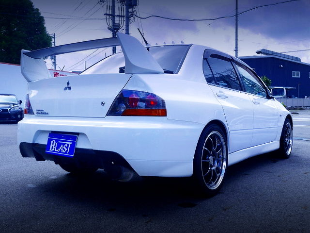 REAR EXTERIOR OF LANCER EVOLUTION 9 GSR