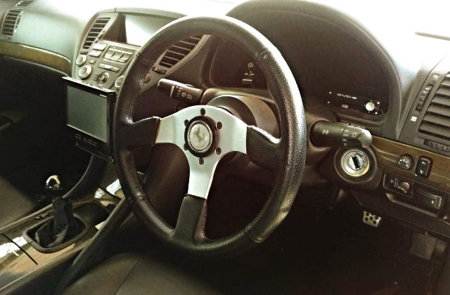 DASHBOARD AND SPORT STEERING