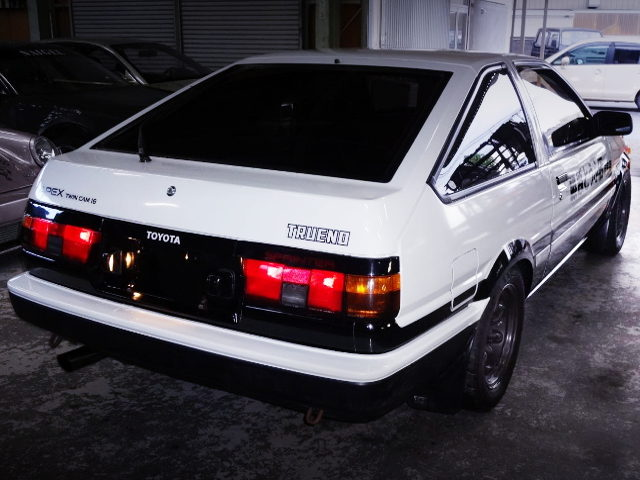 REAR EXTERIOR AE86 TRUENO GT-APEX