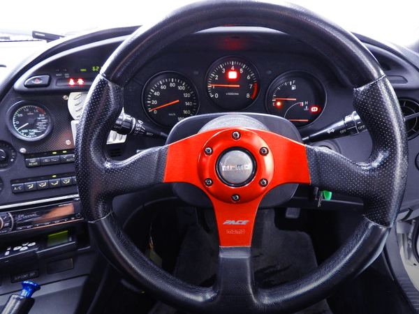 MOMO STEERING AND CLUSTER
