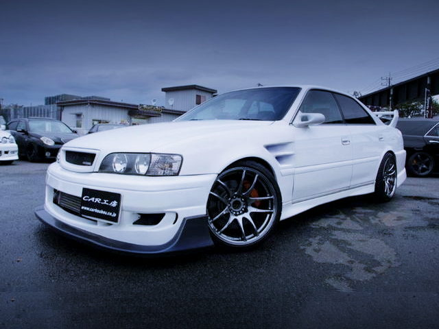 FRONT EXTERIOR OF JZX100 CHASER WITH WHITE COLOR