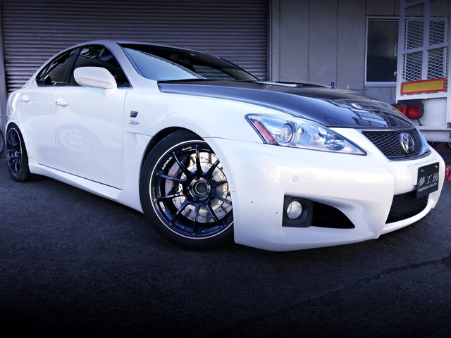 FRONT EXTERIOR USE20 LEXUS IS-F WHITE