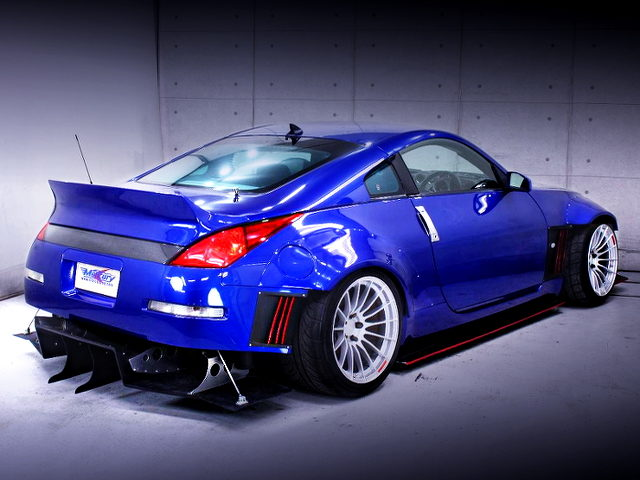 REAR EXTERIOR OF Z33 FAIRLADY Z Ver S