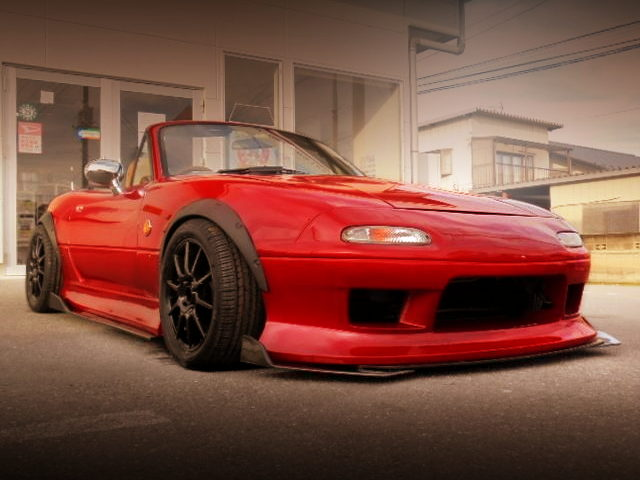 FRONT EXTERIOR BAGGED NA8C ROADSTER OF RED PAINT
