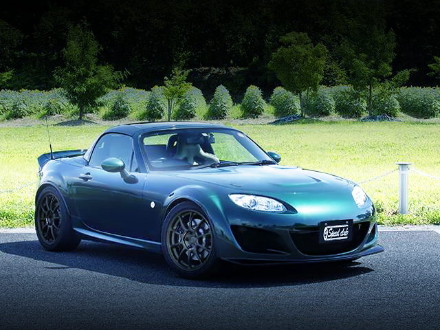 FRONT EXTERIOR NCEC MAZDA ROAD STER RS RHT GREEN