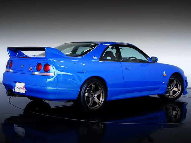 REAR EXTERIOR OF R33 GT-R V-SPEC LM LIMITED
