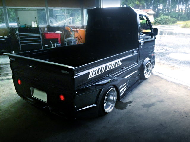 REAR EXTERIOR S200P HIJET TRUCK