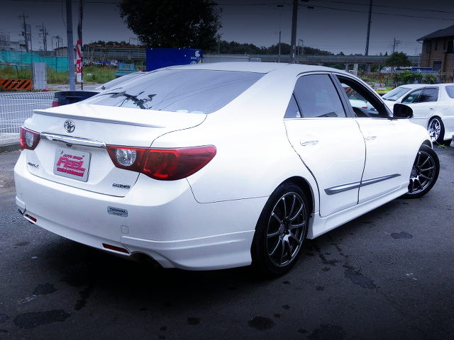 REAR EXTERIOR OF GRX130 TOYOTA MARK-X